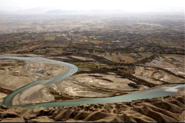 ایران حقآبه هیرمند را از افغانستان میگیرد