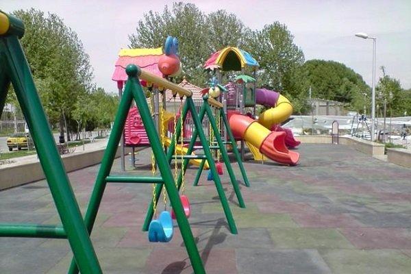 شهرداریها موظف به استانداردسازی وسایل بازی پارکها هستند