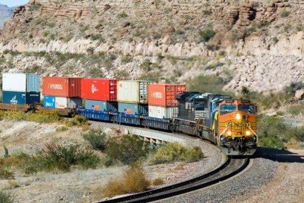 کاهش زمان توقف قطارهای کشورهای CIS در ایران